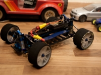 Team Associated RC18B